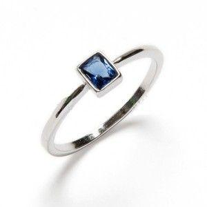 anillo con circonita de plata de ley de www.puravidapulseras.com