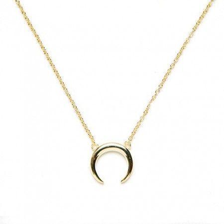 Collar Luna Invertida de plata con baño de oro de www.puravidapulseras.com